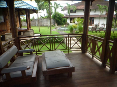 photo: 3 villas in batubelig for rent (lease) in Batubelig, Bali