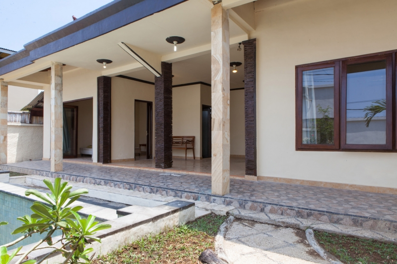 photo: villa near warung sobat 2 for rent (lease) in Kerobokan, Bali