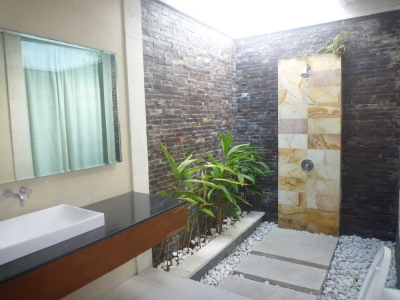 photo: Villa wayan for rent (lease) in Seminyak, Bali