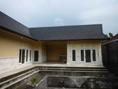 photo: Villa putuh for rent (lease) in Seminyak, Bali