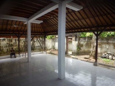 photo: SOLD-   Villa balinaise a jl oberoi for rent (lease) in Seminyak, Bali
