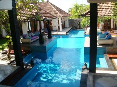 Villa Jalan Bumbak Dijual Di Umalas Bali