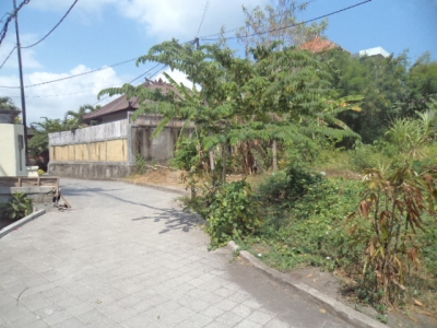 photo: 7-are land for lease in Kerobokan, Bali