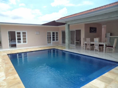 photo: Villa putuh for sale (lease) in Petitenget, Bali