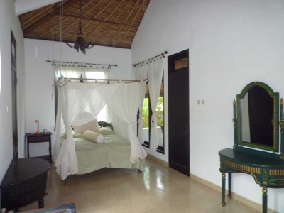 photo: Villa jalan petitenget for sale (lease) in Petitenget, Bali