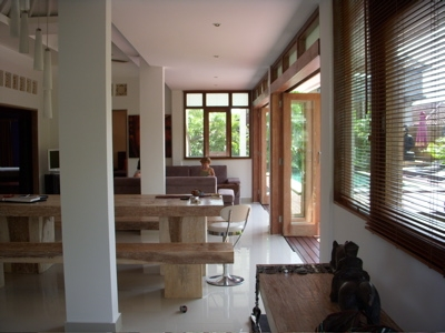 photo: Villa  plawa for sale (lease) in Seminyak, Bali