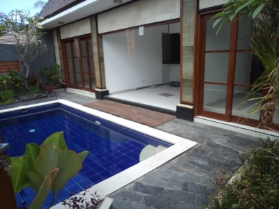 photo: 2 villas oberoi for sale (lease) in Seminyak, Bali