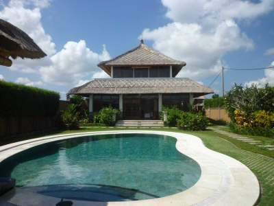 photo: villa pantai berawa for sale in Berawa, Bali
