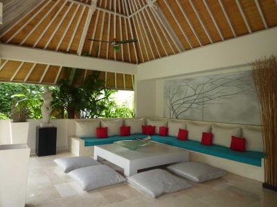 photo: luxurious villa for sale in Umalas, Bali